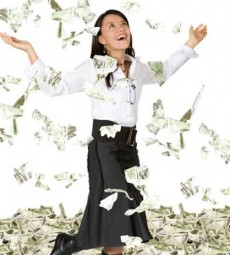 woman_with_money-230x255